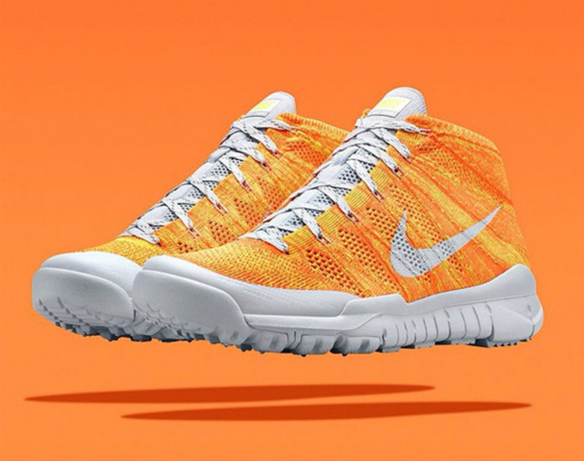 nike-flyknit-trainer-chukka-sfb-orange-01