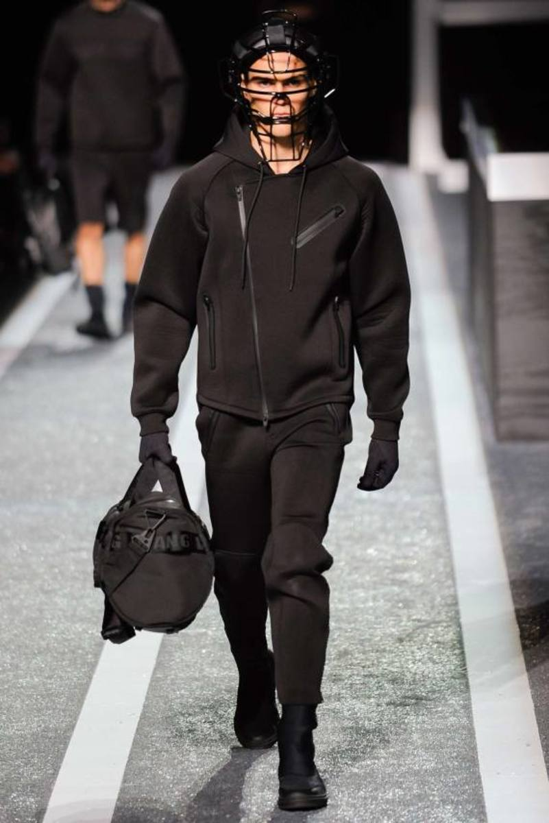 alexander-wang-and-h-and-m-runway-presentation-05