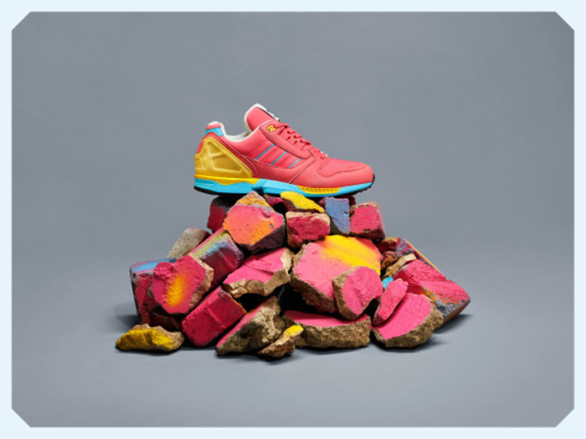 adidas-originals-zx-8000-fall-of-the-wall-pack-04