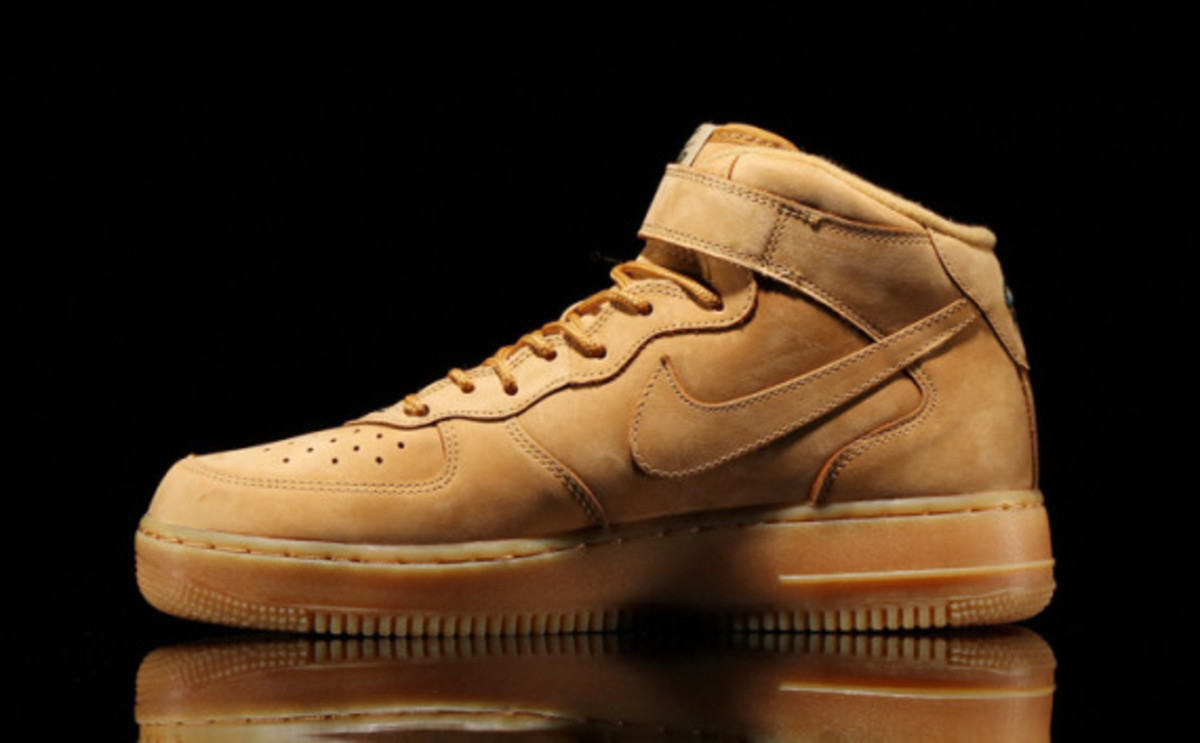 nike-air-force-1-mid-wheat-03