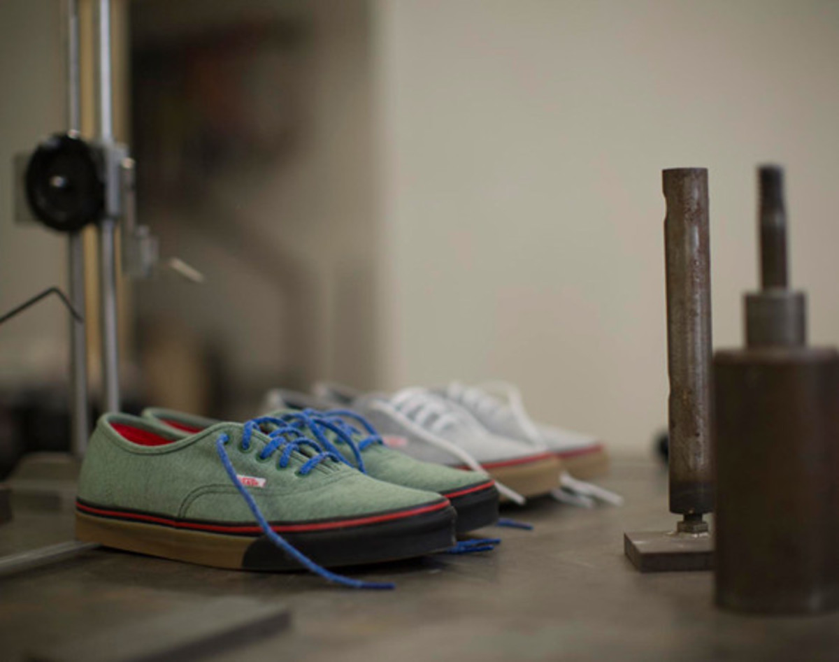 bodega-vans-vault-authentic-lx-fleece-pack-01