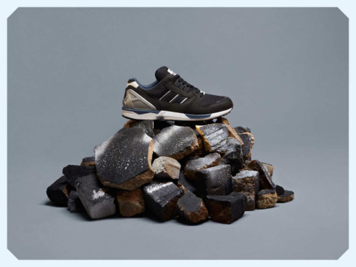 adidas-originals-zx-8000-fall-of-the-wall-pack-02