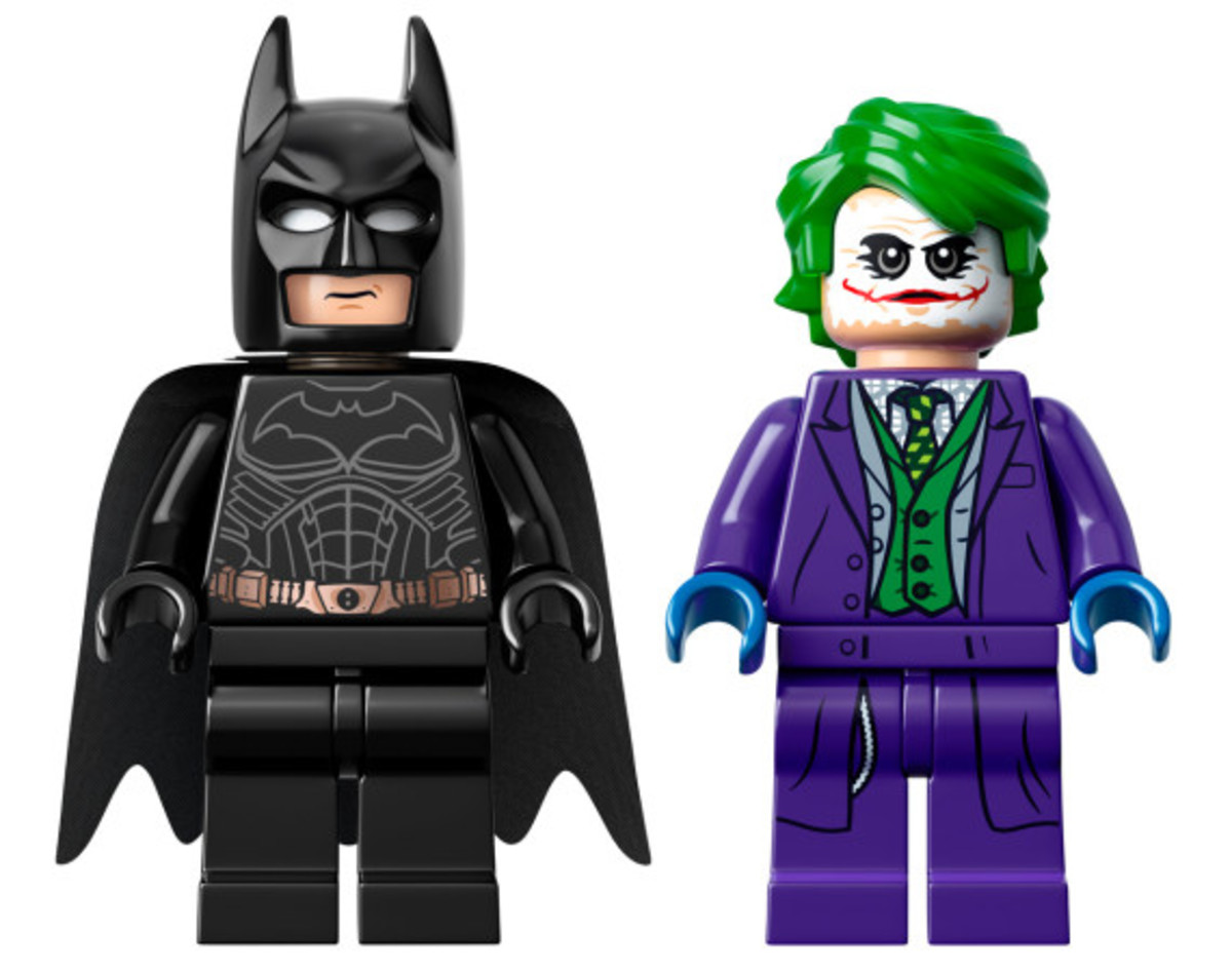 lego-dc-comics-super-heroes-batman-the-dark-knight-trilogy-tumbler-kit-available-23