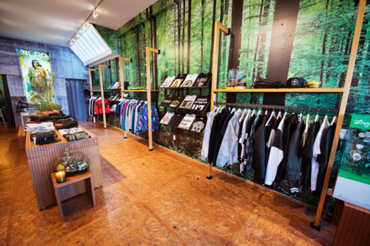 lrg-san-francisco-pop-up-shop-inside-look-04