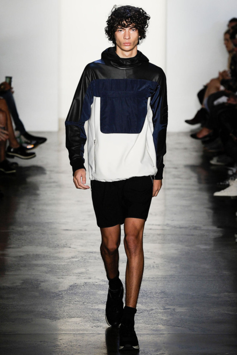 tim-coppens-spring-summer-2015-collection-runway-show-01