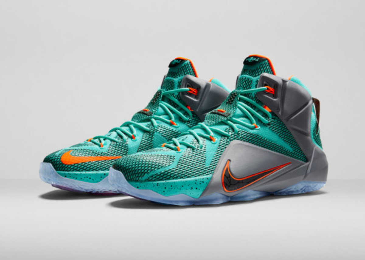 nike-lebron-12-officially-unveiled-02