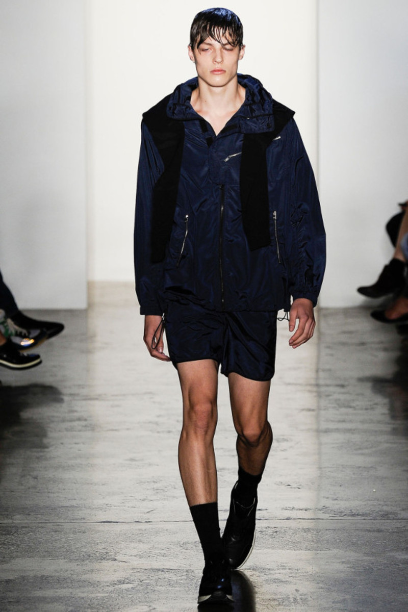 tim-coppens-spring-summer-2015-collection-runway-show-04