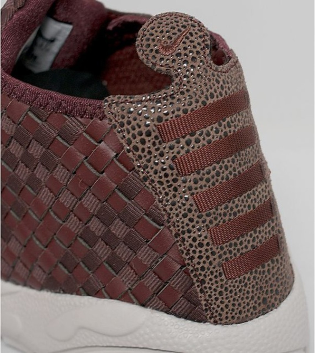 nike-air-footscape-woven-desert-chukka-brown-leather-05