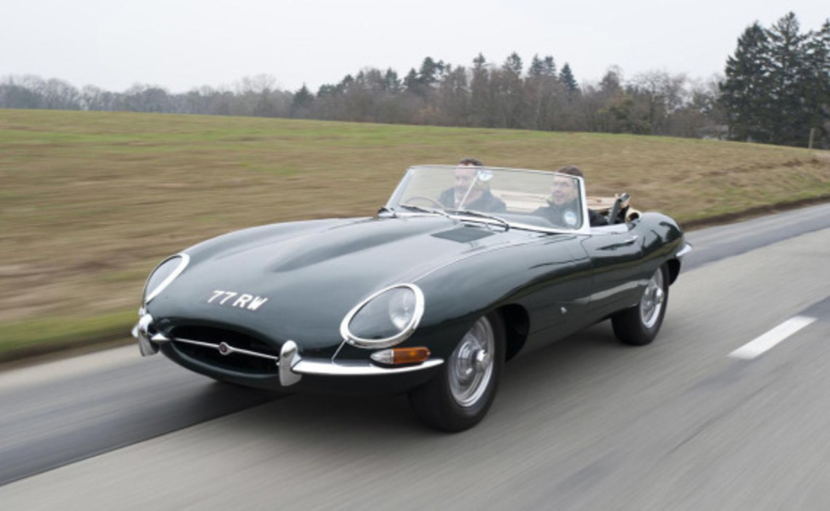jaguar-launches-heritage-driving-experience-04