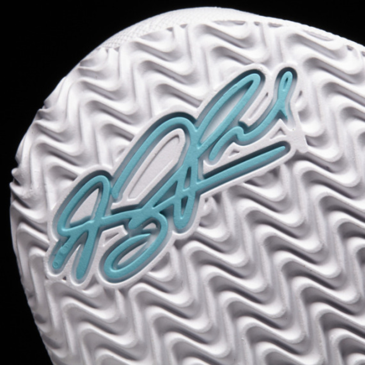 adidas-d-rose-5-boost-the-lake-12