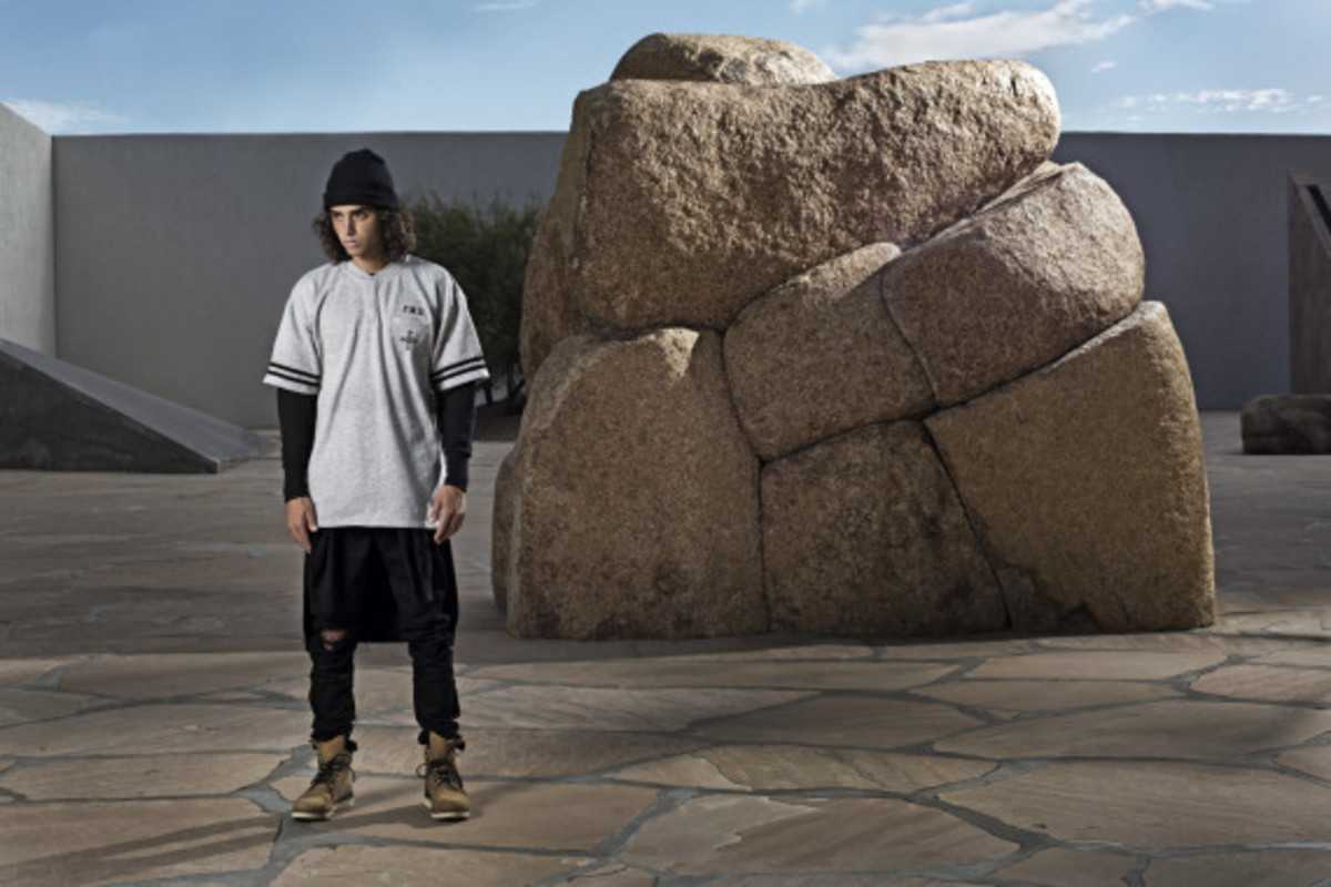 crooks-and-castles-holiday-2014-devils-peak-collection-lookbook-06