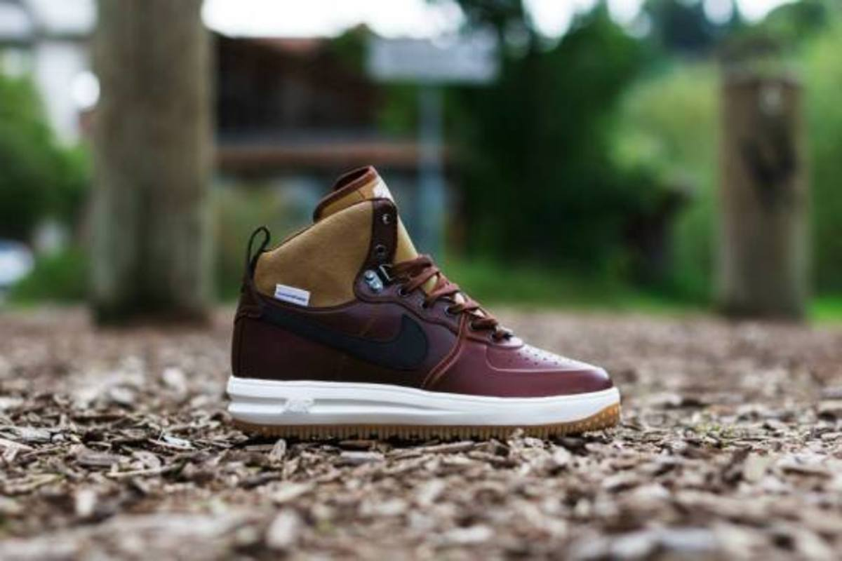 nike-lunar-force-1-sneakerboot-barkroot-brown-02