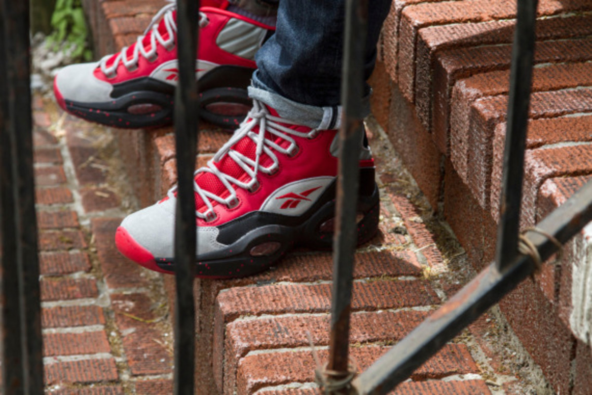 stash-reebok-question-mid-red-edition-us-release-date-03