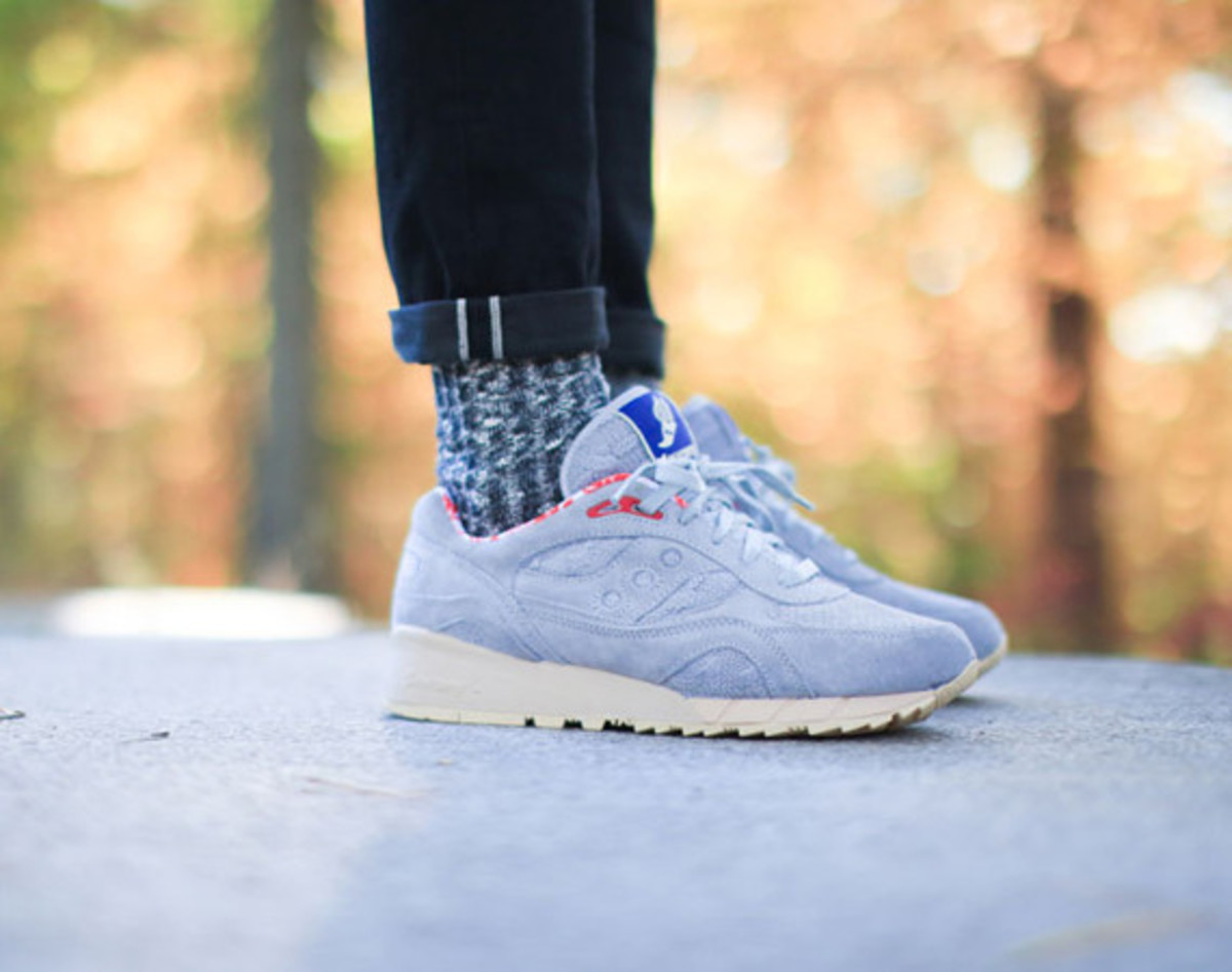 bodega-saucony-elite-shadow-6000-sweater-pack-01