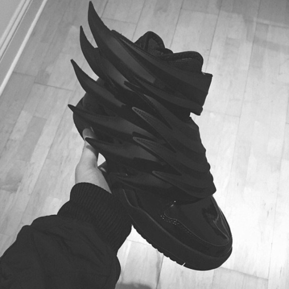 jeremy-scott-adidas-dark-knight-03