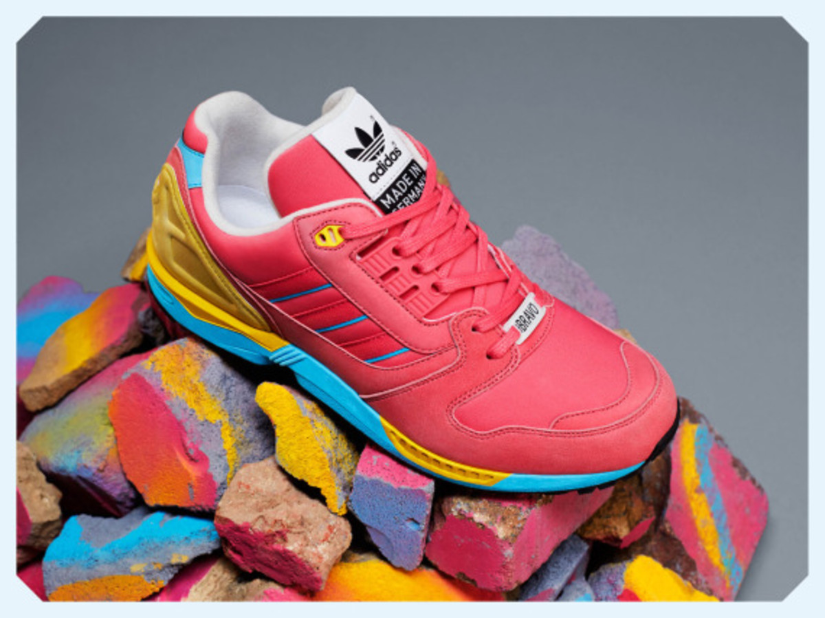 adidas-originals-zx-8000-fall-of-the-wall-pack-05