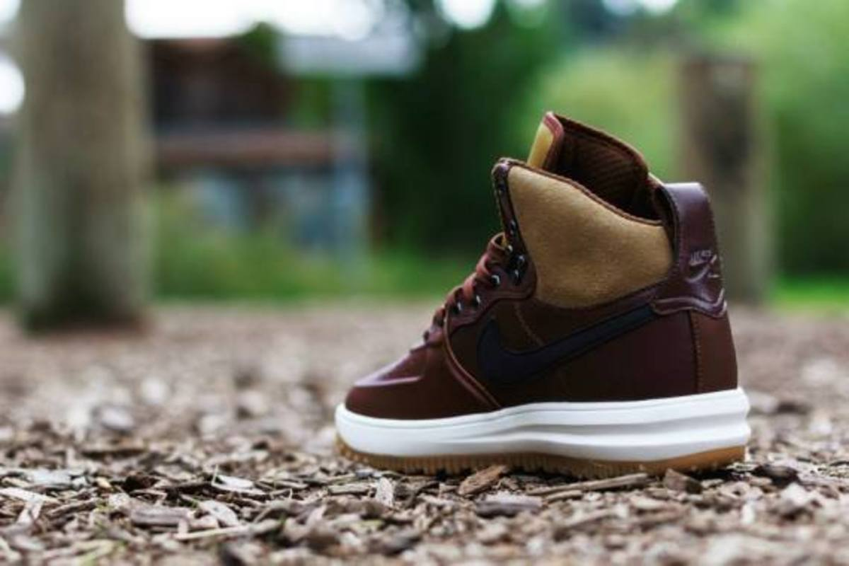 nike-lunar-force-1-sneakerboot-barkroot-brown-05