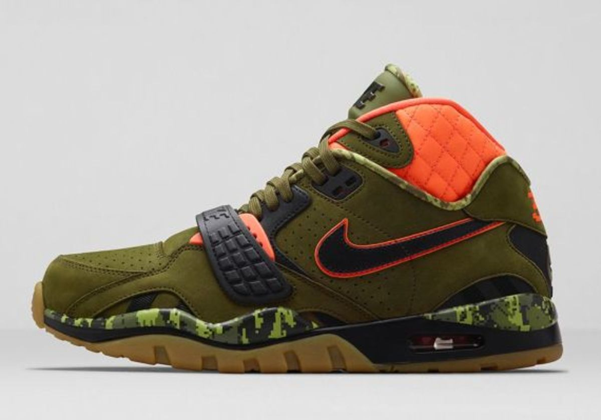 air-trainer-sc-ii-faded-olive-02