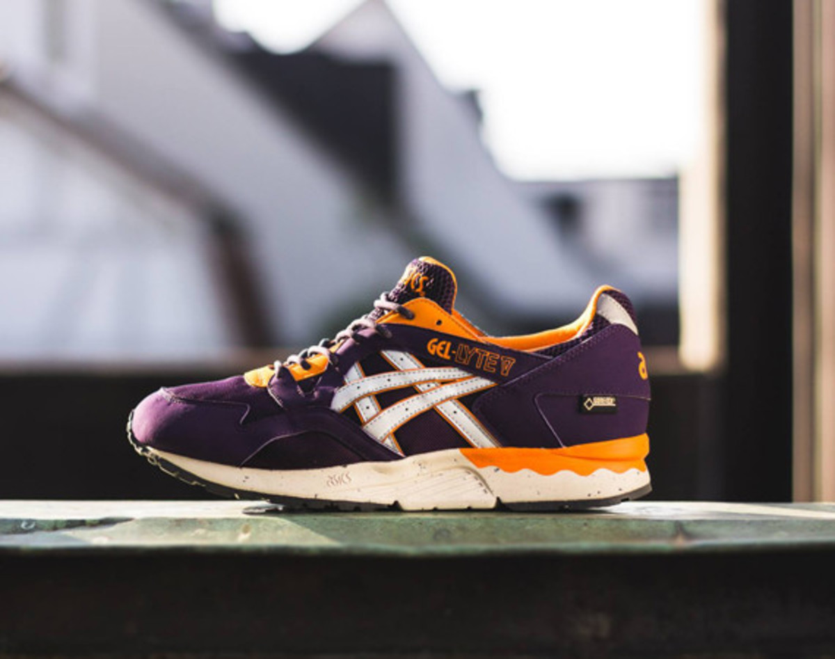 asics-gel-lyte-v-gore-tex-purple-soft-grey-01