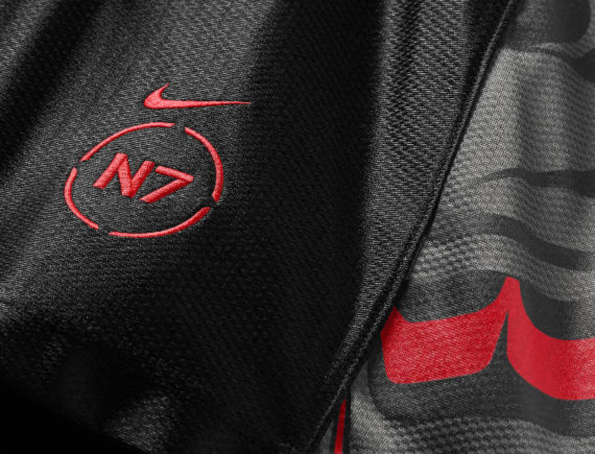 nike-n7-holiday-2014-collection-23
