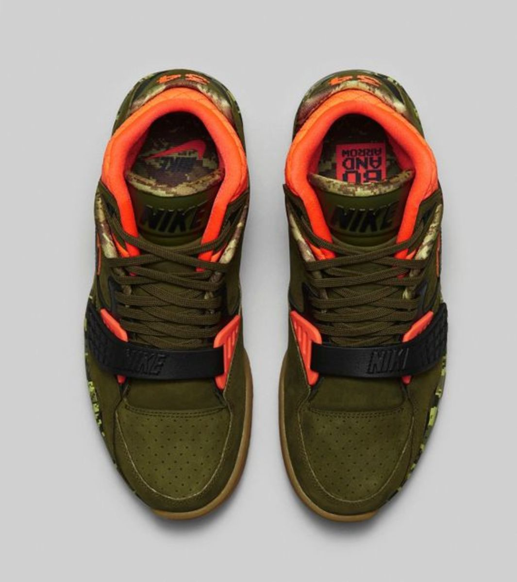 air-trainer-sc-ii-faded-olive-03