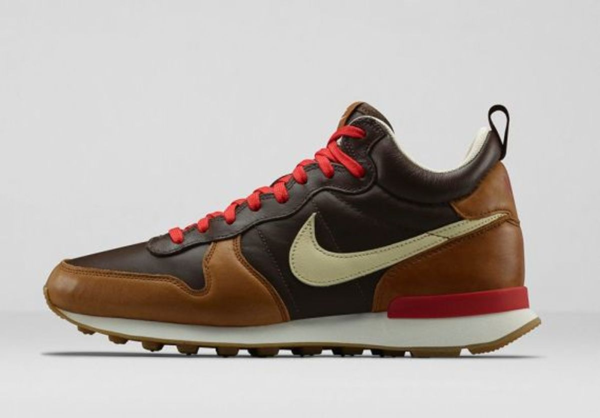 Nike Internationalist Mid Escape 705073-200 Baroque Brown/Ale Brown/Red Clay/Flat Opal $140