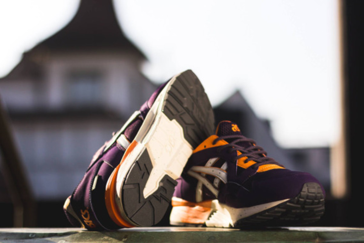 asics-gel-lyte-v-gore-tex-purple-soft-grey-04