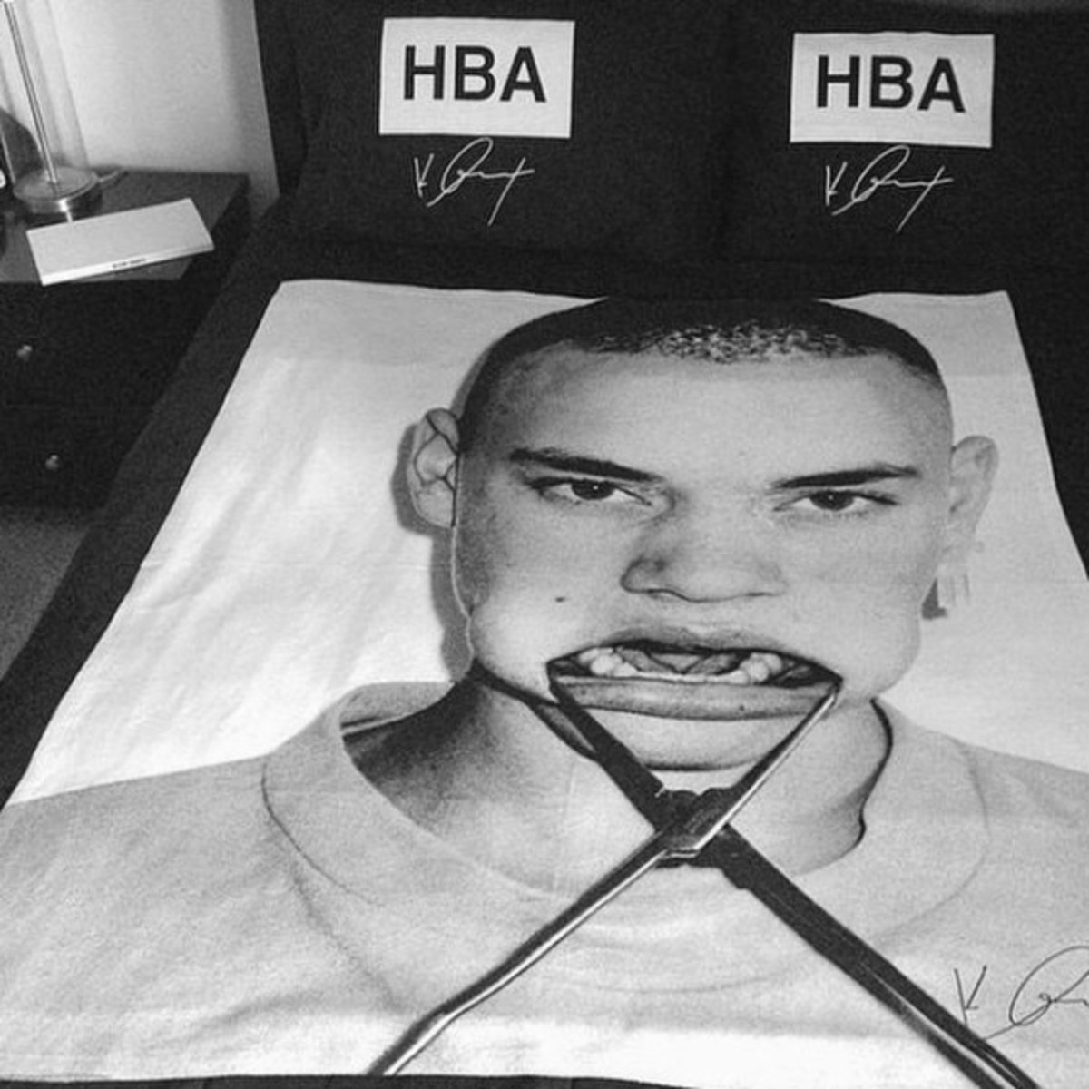 hba-off-white-duvet-pillow-set-04