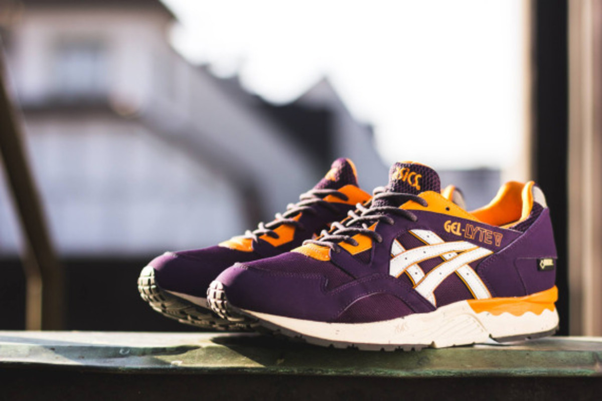 asics-gel-lyte-v-gore-tex-purple-soft-grey-02