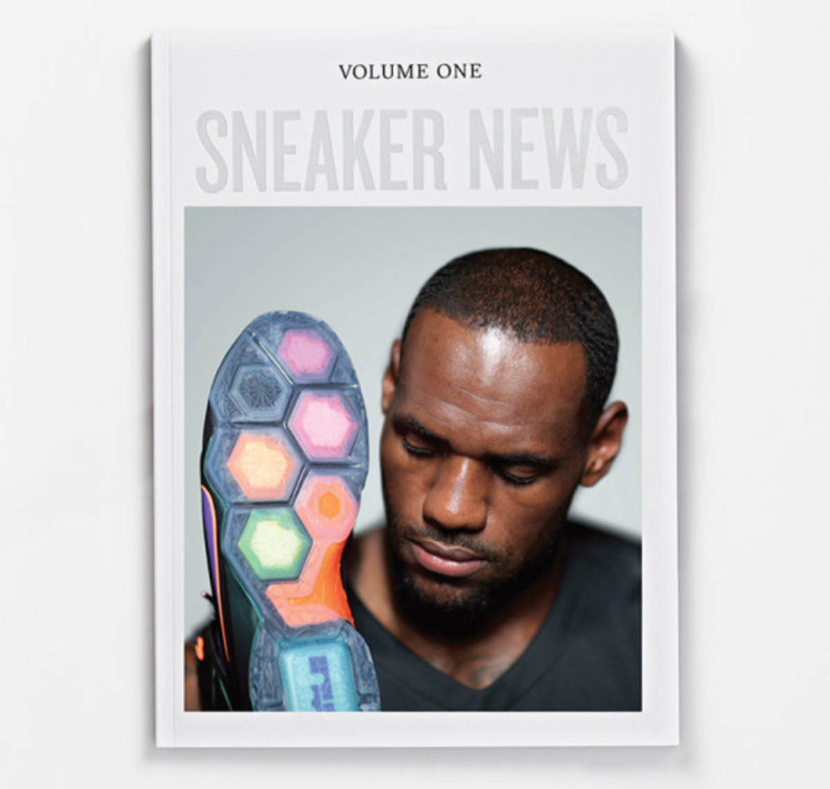lebron-james-covers-sneaker-news-volume-one-04