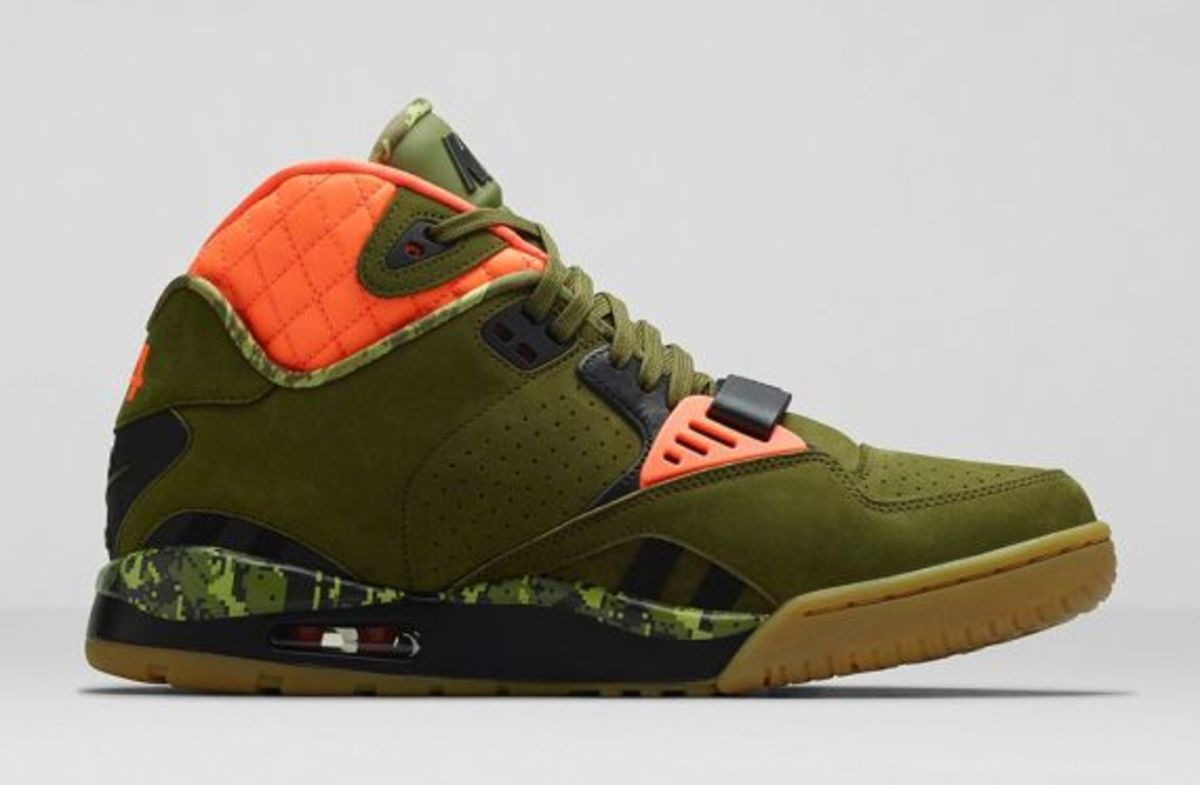 air-trainer-sc-ii-faded-olive-05