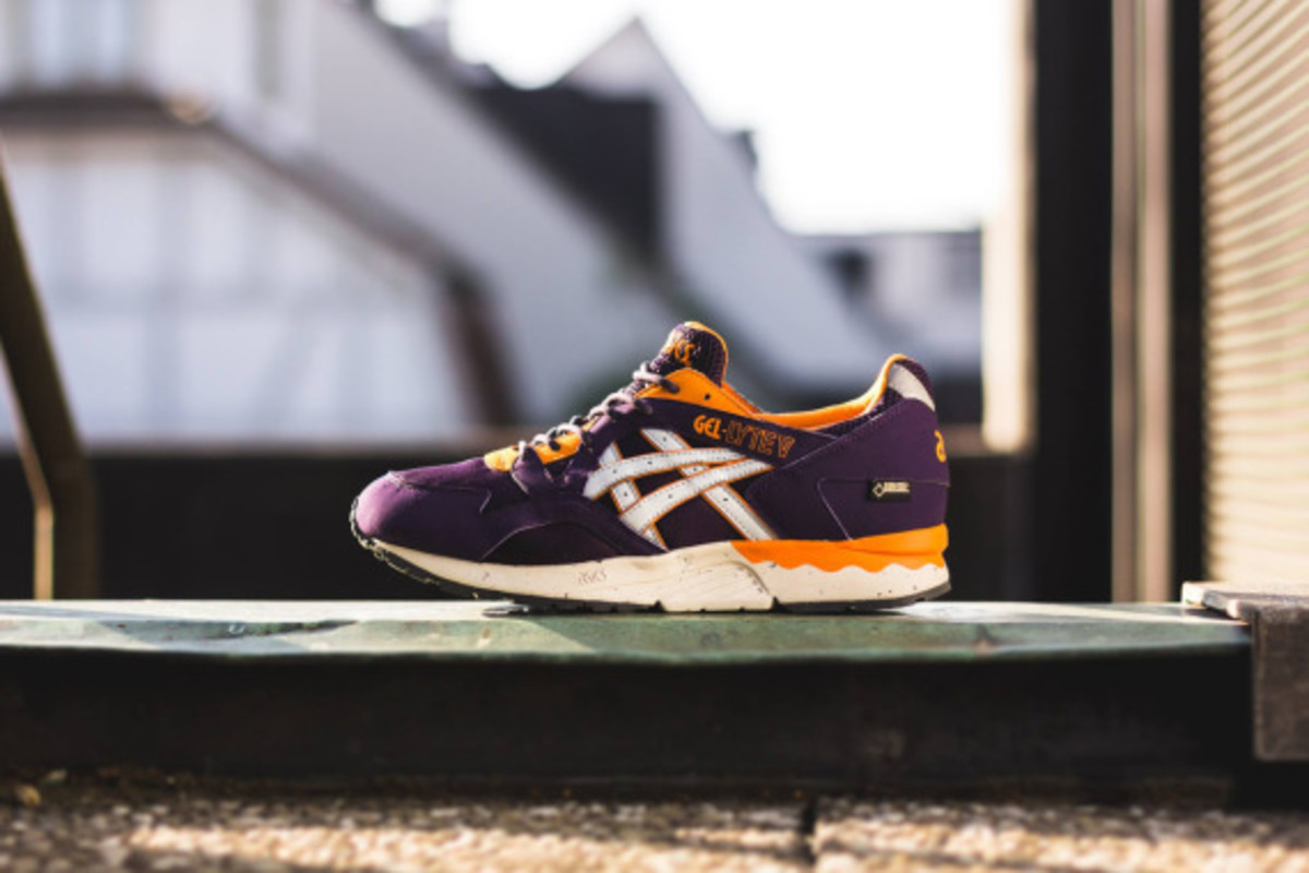 asics-gel-lyte-v-gore-tex-purple-soft-grey-07