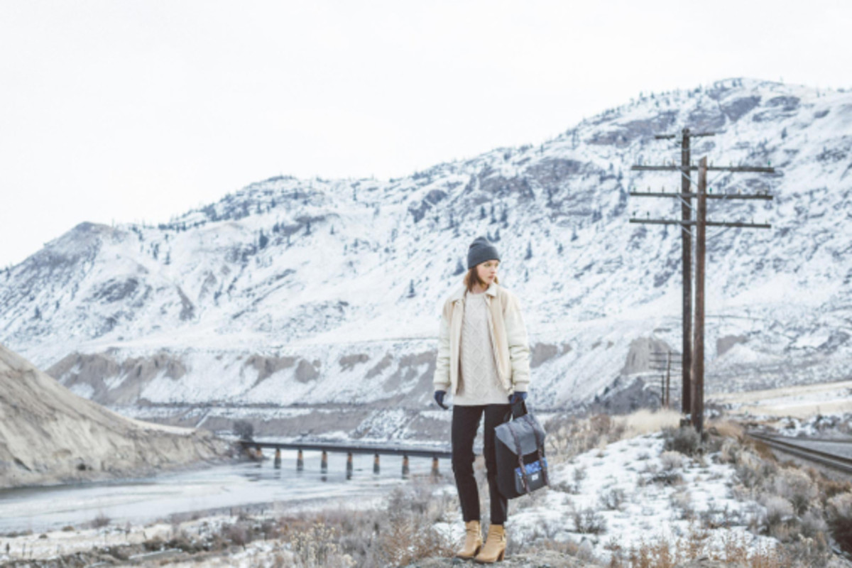 herschel-supply-holiday-2014-northern-lights-collection-05