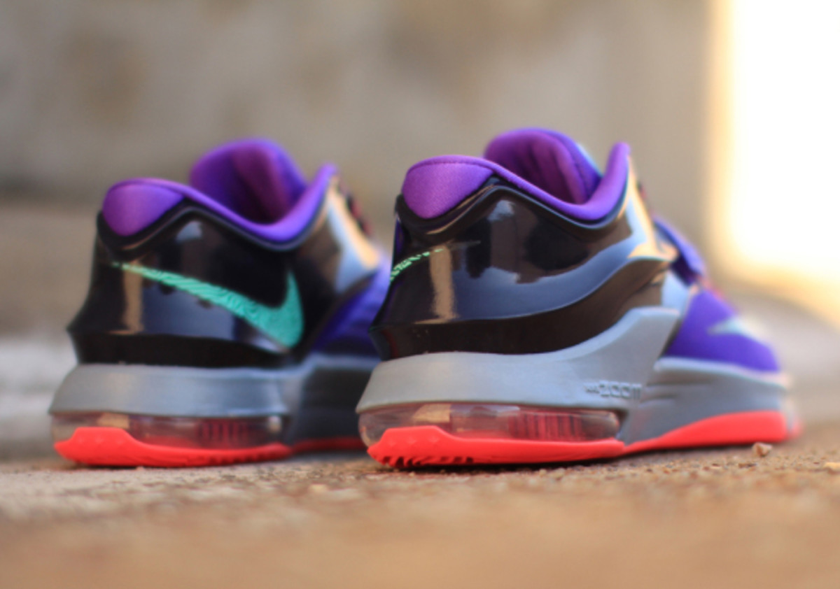 save off c1433 5bfd2 nike-kd-7-cave-purple-02