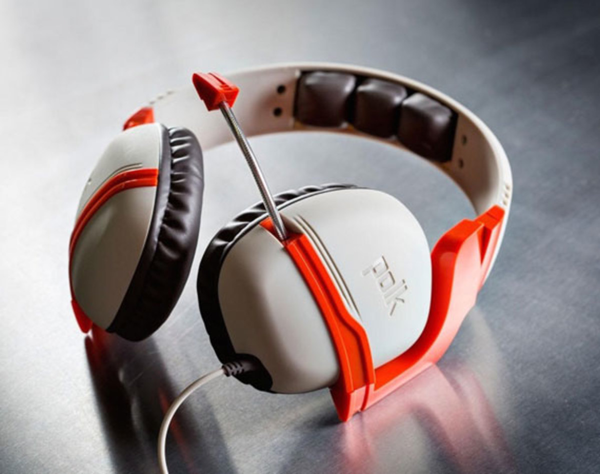 polk-striker-zx-xbox-one-gaming-headphones-00