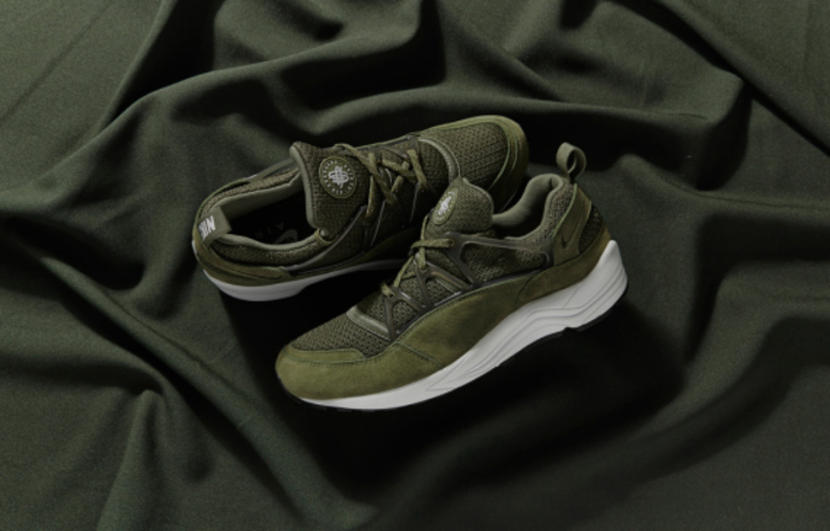 nike-air-huarache-light-midnight-forest-size-exclusive-02