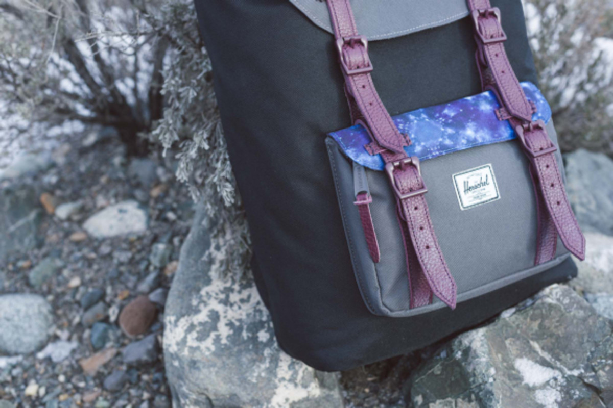 herschel-supply-holiday-2014-northern-lights-collection-06