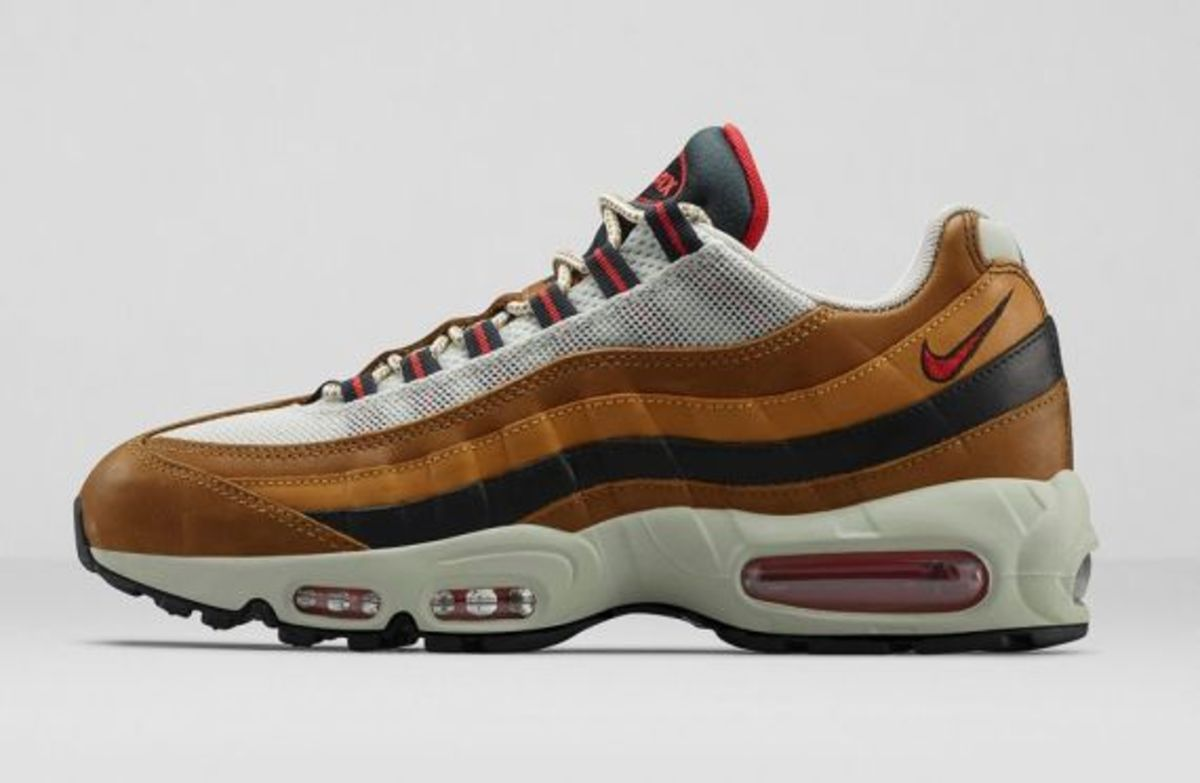 Nike Air Max 95 Escape 718371-200 Baroque Brown/Ale Brown/Red Clay/Flat Opal $200