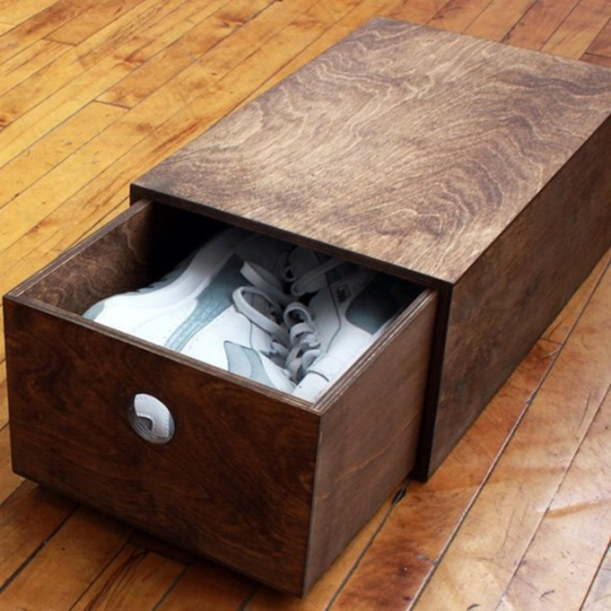 good-wood-custom-wooden-sneaker-box-03