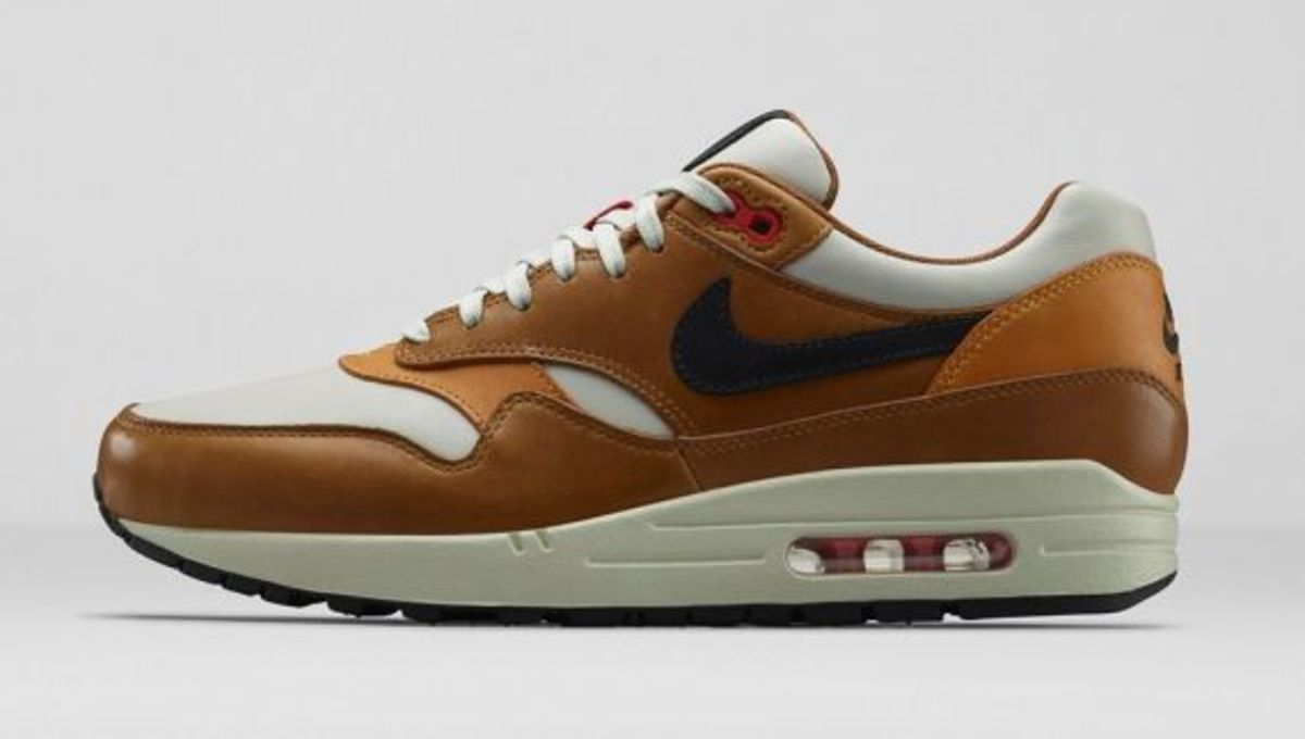Nike Air Max 1 Escape 718302-002 Light Bone/Ale Brown/Bronze/Black Pine $150