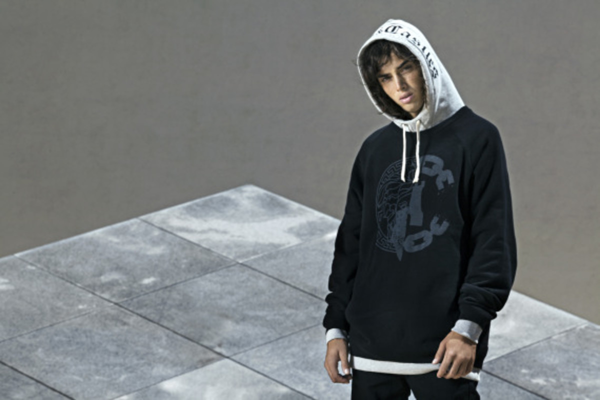 crooks-and-castles-holiday-2014-devils-peak-collection-lookbook-02