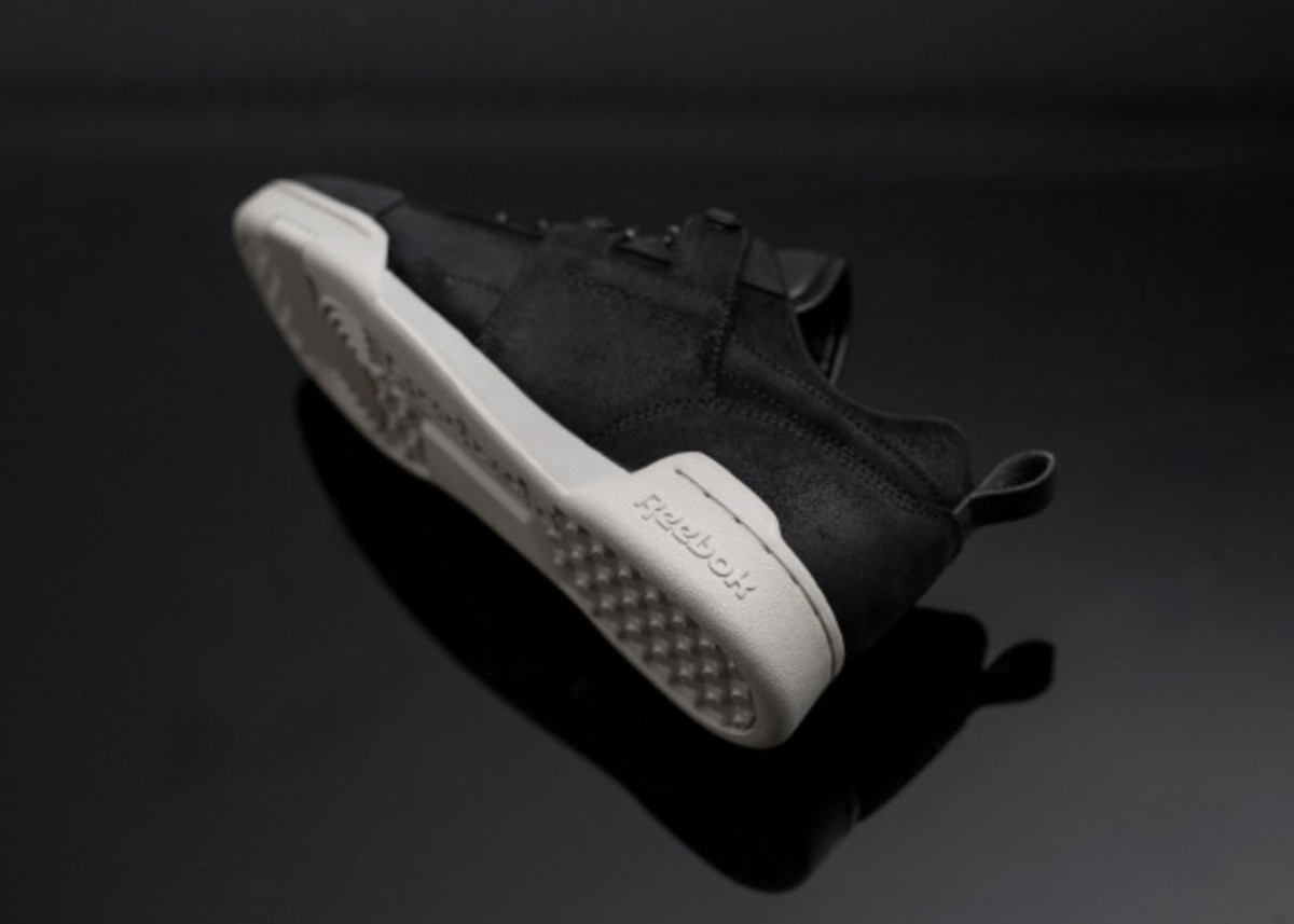reebok-black-winter-pack-size-exclusive-07