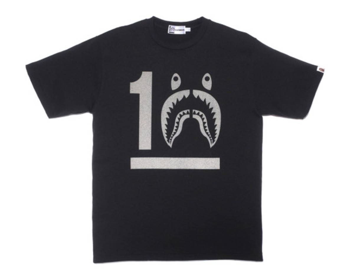 a-bathing-ape-shark-hoodie-10th-anniversary-collection-07
