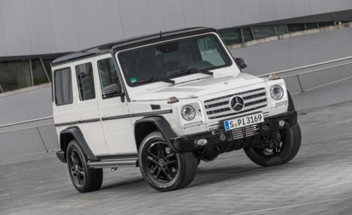 2015-mercedes-benz-g550-35th-anniversary-edition-03