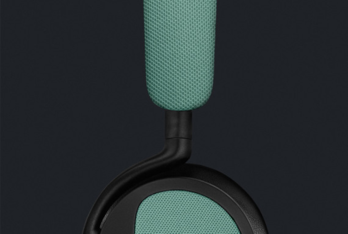 bang-and-olufsen-beoplay-h2-07