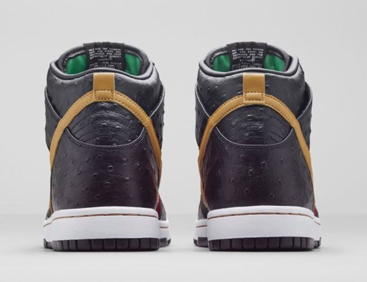 nike-dunk-high-cmft-prm-black-flat-gold-release-info-05