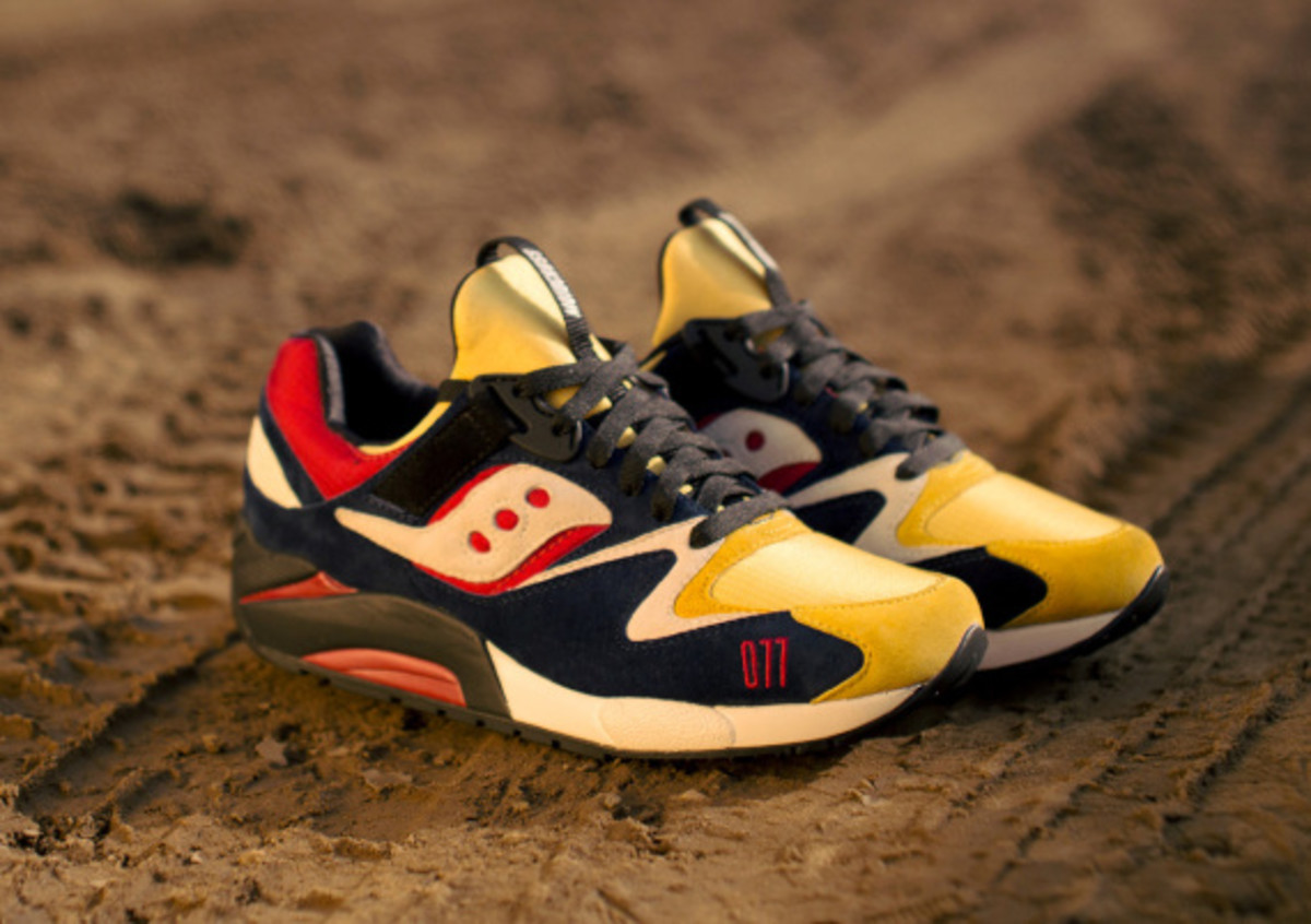 play-cloths-saucony-shadow-grid-9000-motocross-07