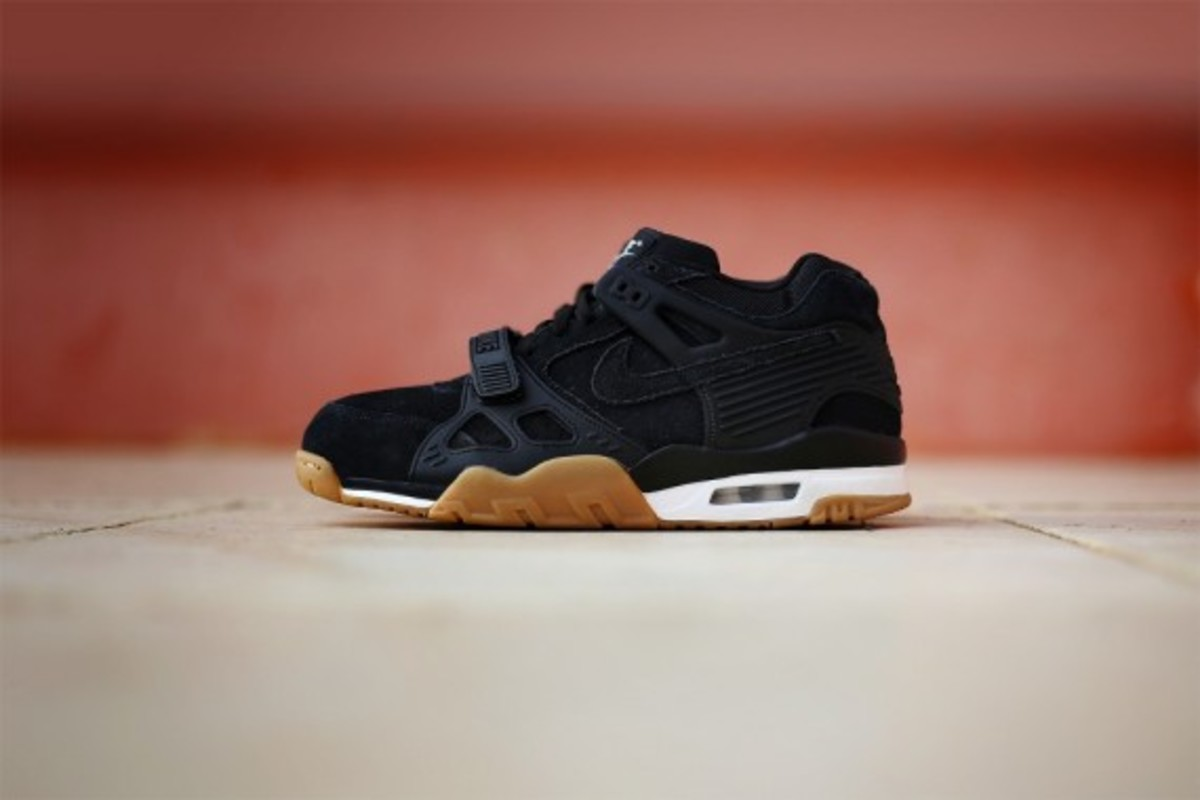 nike-air-trainer-3-gum-pack-07