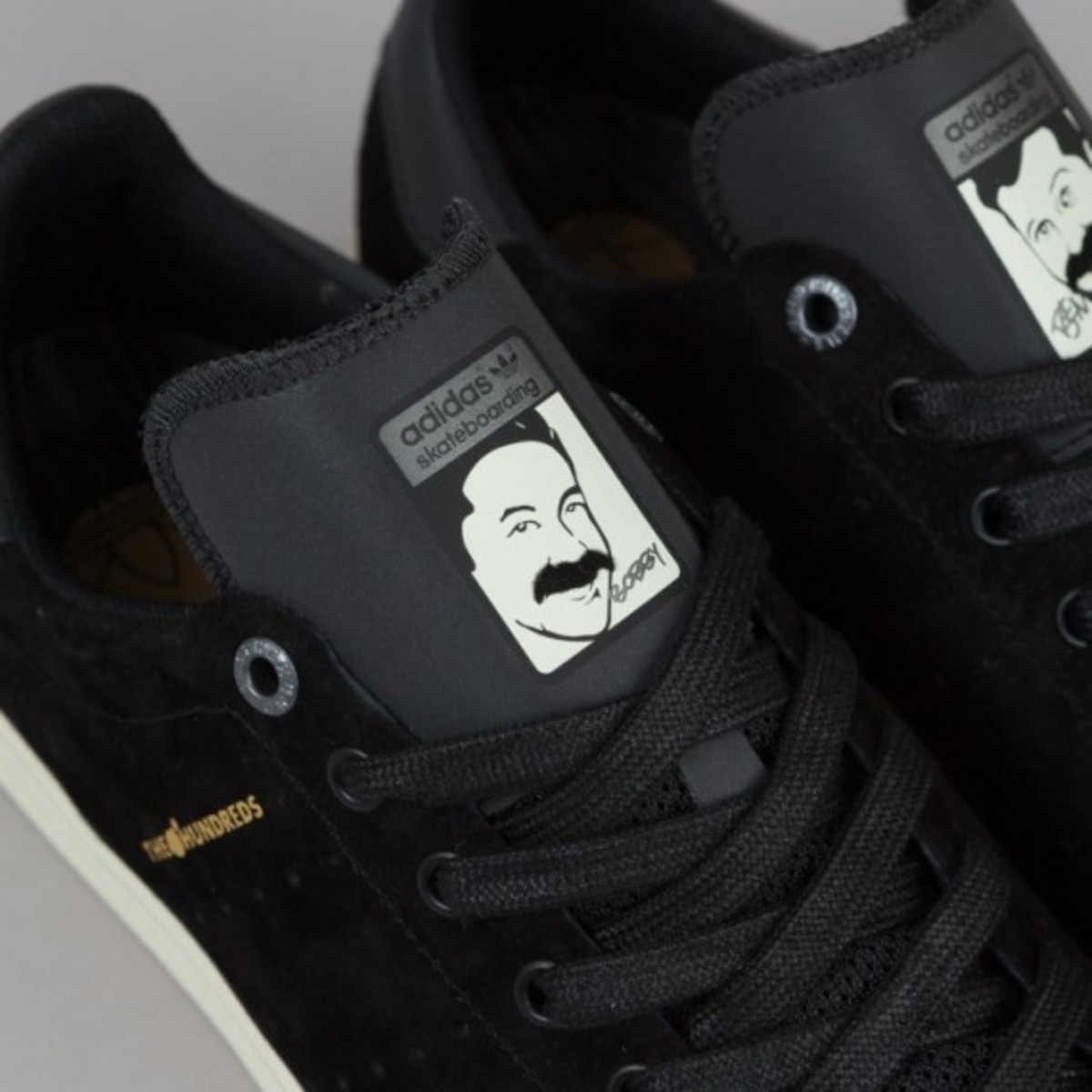 adidas-stan-smith-vulc-black-black-white-04