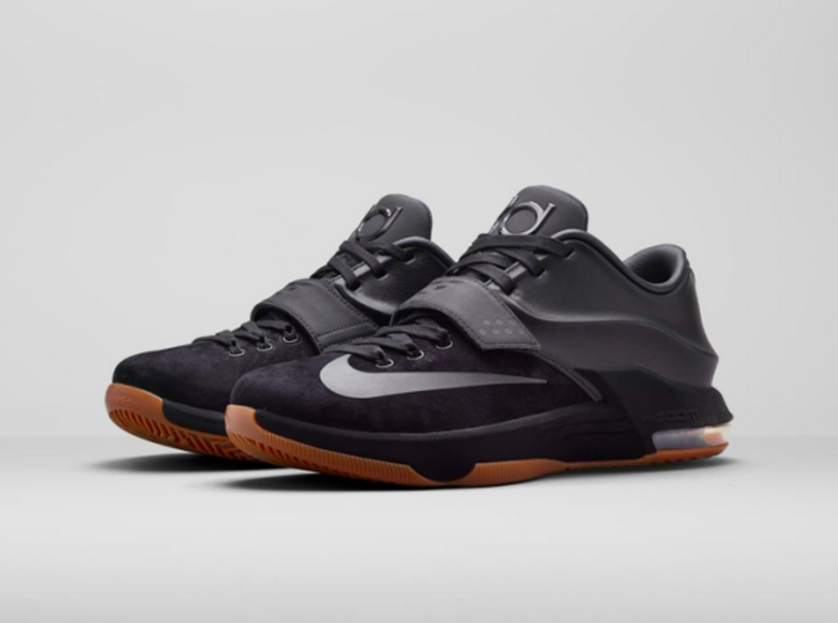 nike-kd-7-ext-black-suede-04